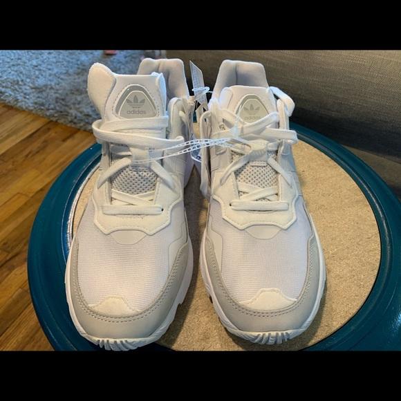 YUNG 96 Adidas Men 10